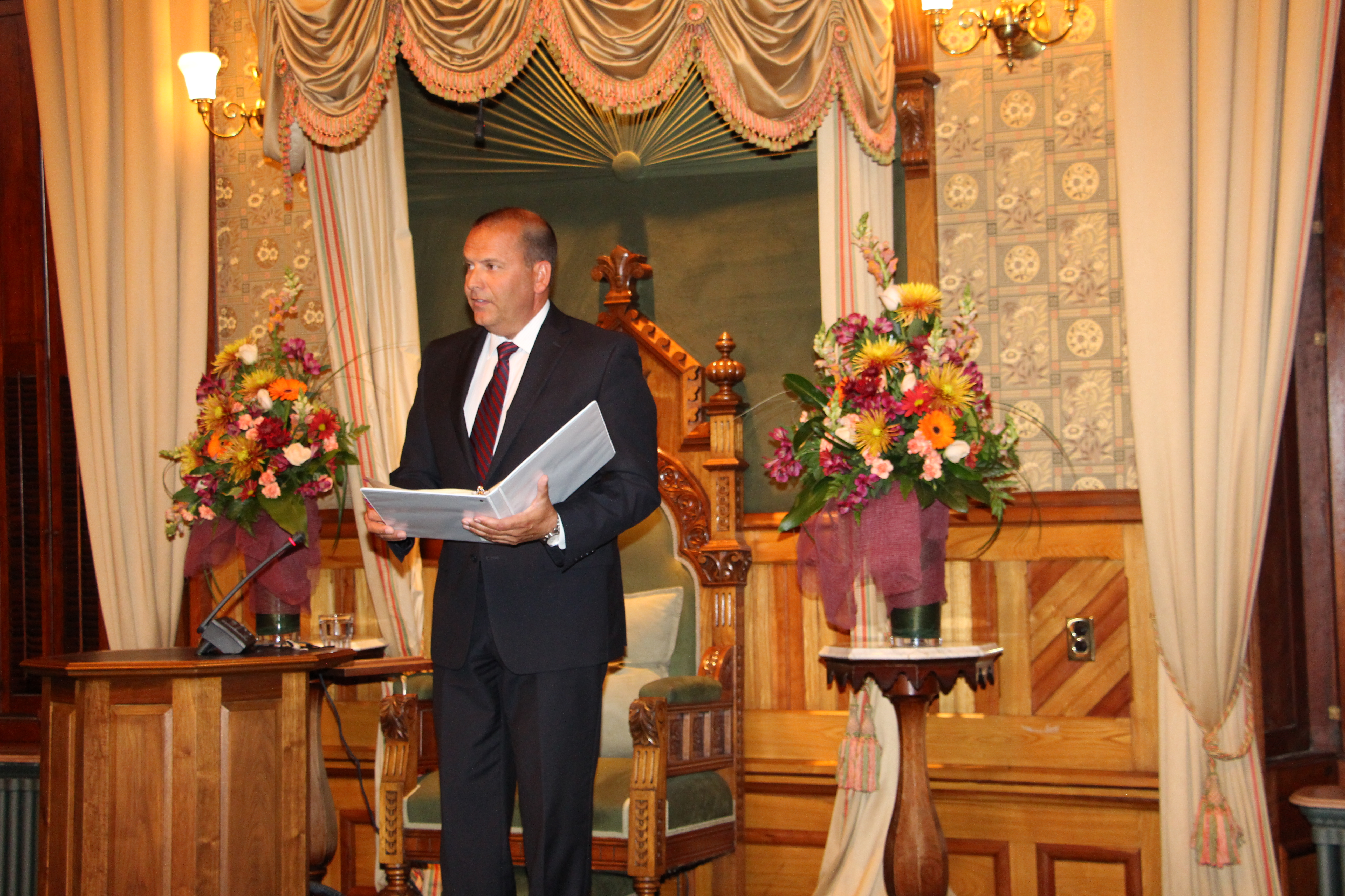 Collins elected as Speaker of the legislative assembly, MLAs sworn in